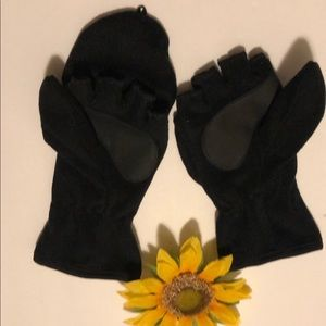 Black Fleece Mittens And Gloves. Ladies One Size.